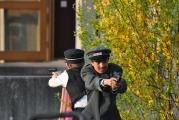 <h5>Halt! Polizei!</h5><p>Die Polizisten Franz und Karl auf der Jagd nach dem ausgebüxten Öpi und den Landstreichern Büx und Müx.  </p>
