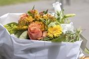 <h5>Sags mit Blumen</h5><p>Prächtig: Blumenstrauss für Regierungsrätin und Bildungsdirektorin Dr. Silvia Steiner. </p>